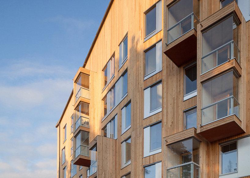 Paso a los bloques de pisos de madera en España